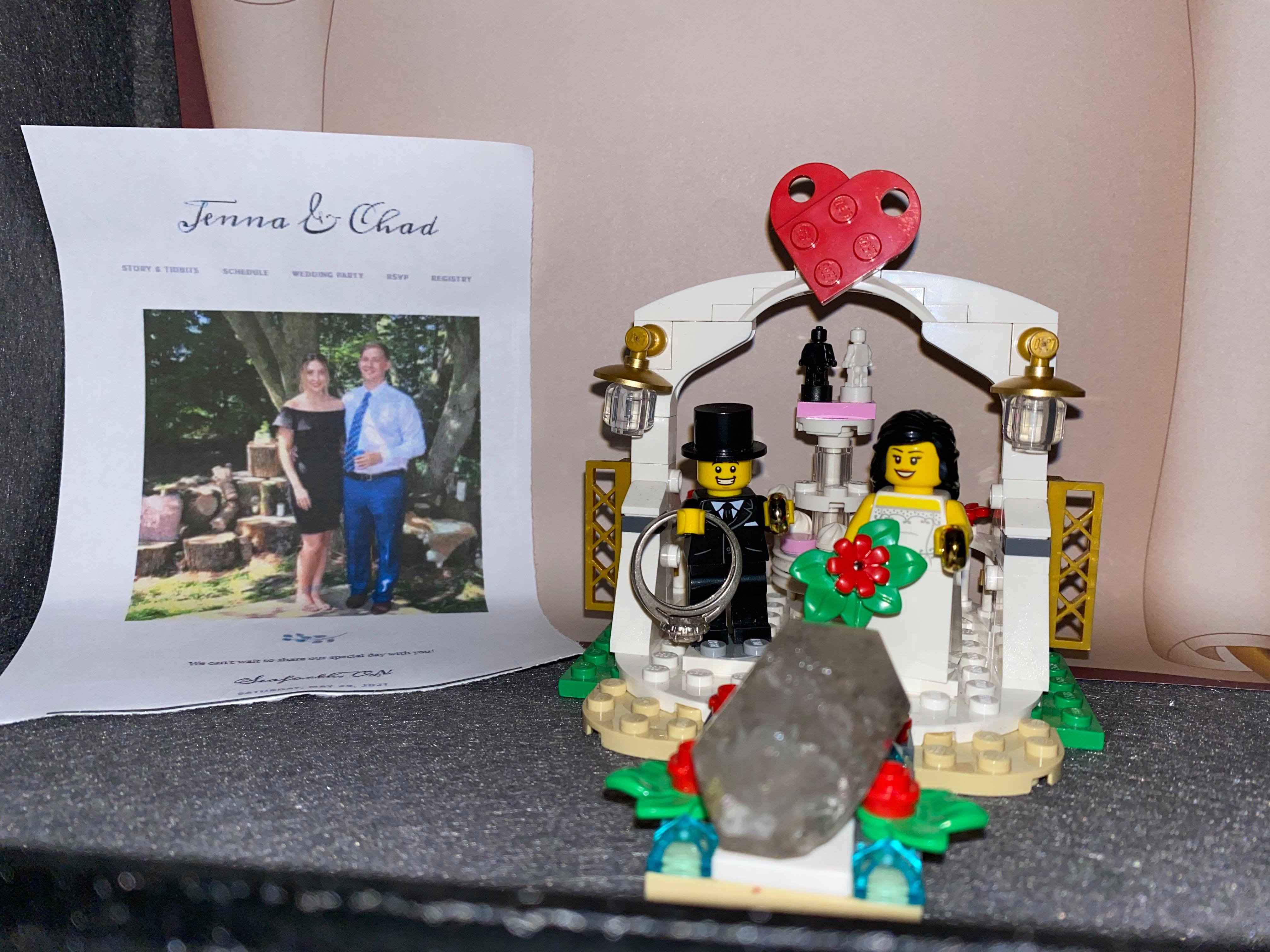 The lego Bride and Groom